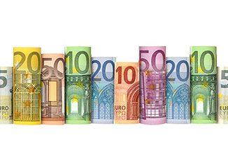 Geldscheine für den Immobilienkauf