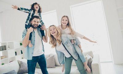 Glückliche Patchworkfamilie