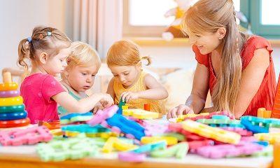 Kinder werden im Kindergarten betreut
