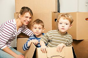 umzug mit familie tipps zum umziehen mit kindern. Black Bedroom Furniture Sets. Home Design Ideas